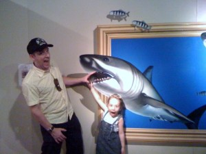 Simon and Hana attacked by a shark!!